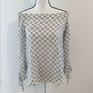 Olivacious black and white print top, Sz M